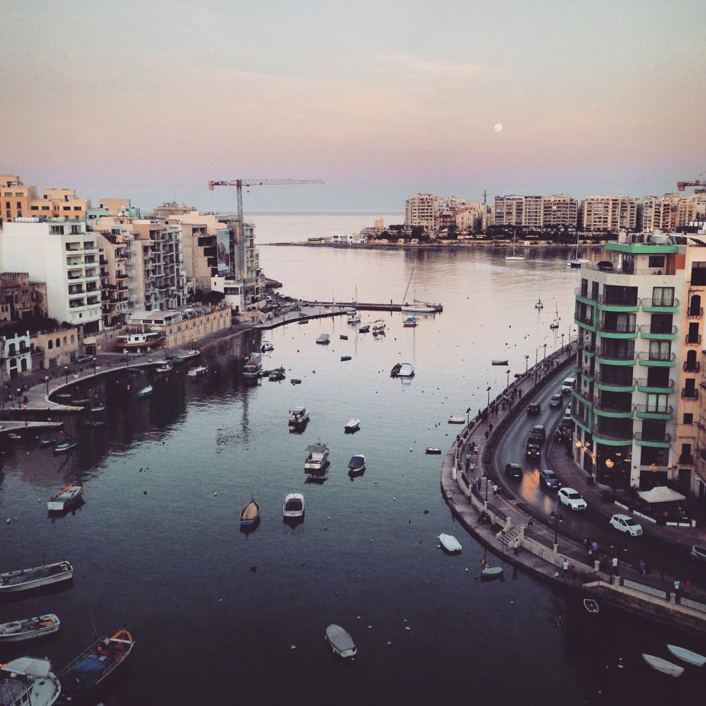 Spinola Bay Malta Urlaub.JPG