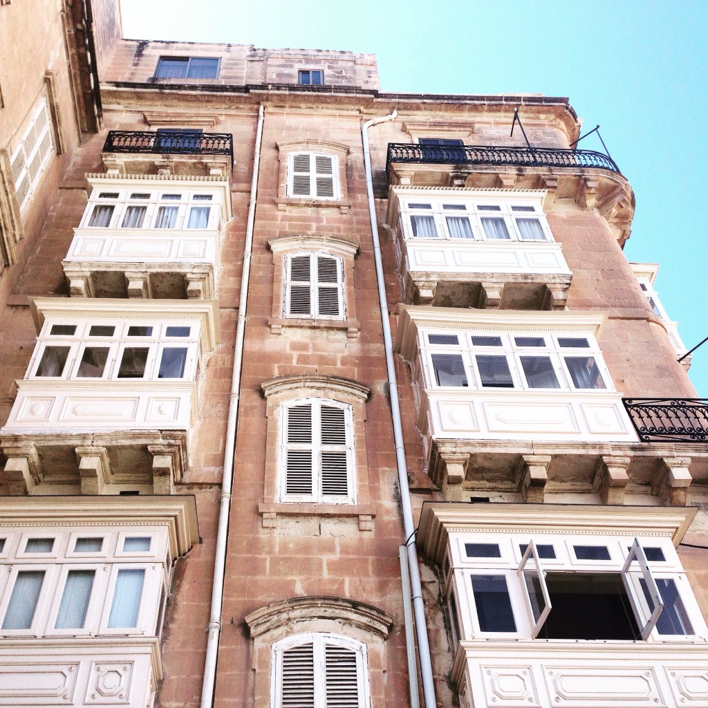 Malta Valletta Balkone Architektur Reiseblog