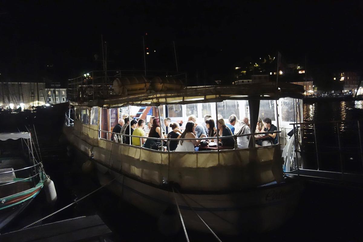 abendessen fischerboot piran adria slowenien
