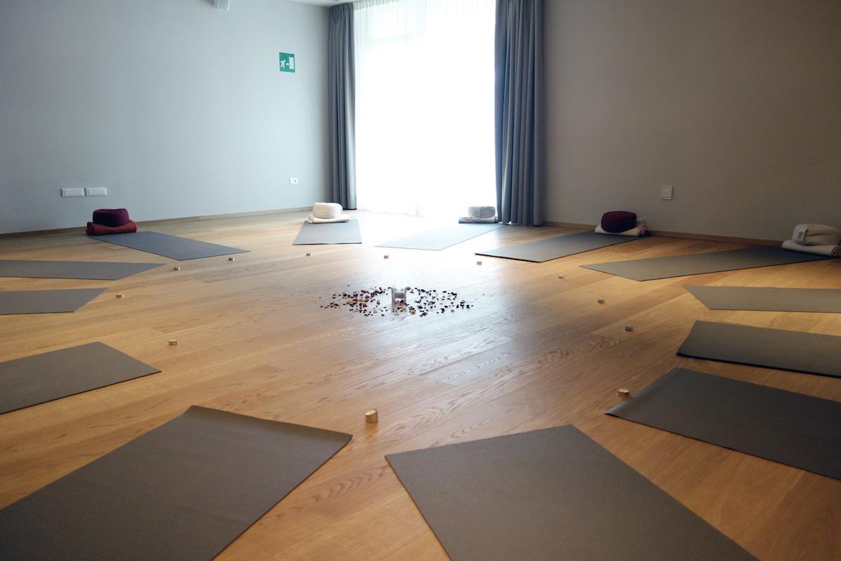 Yogaraum Hotel Schwarzschmied Lana Meran