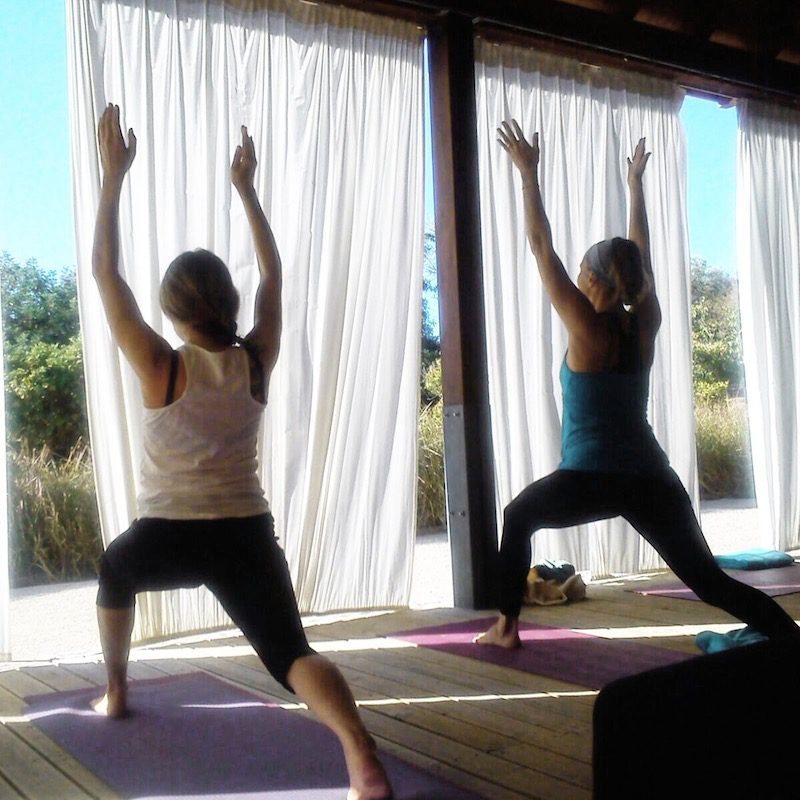 Yogaretreat Algarve Yoga mit Freunden