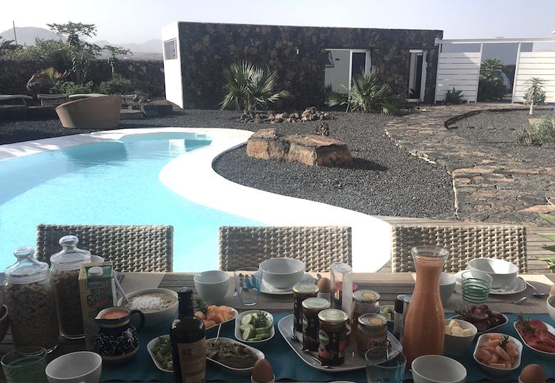 yoga breakfast pool