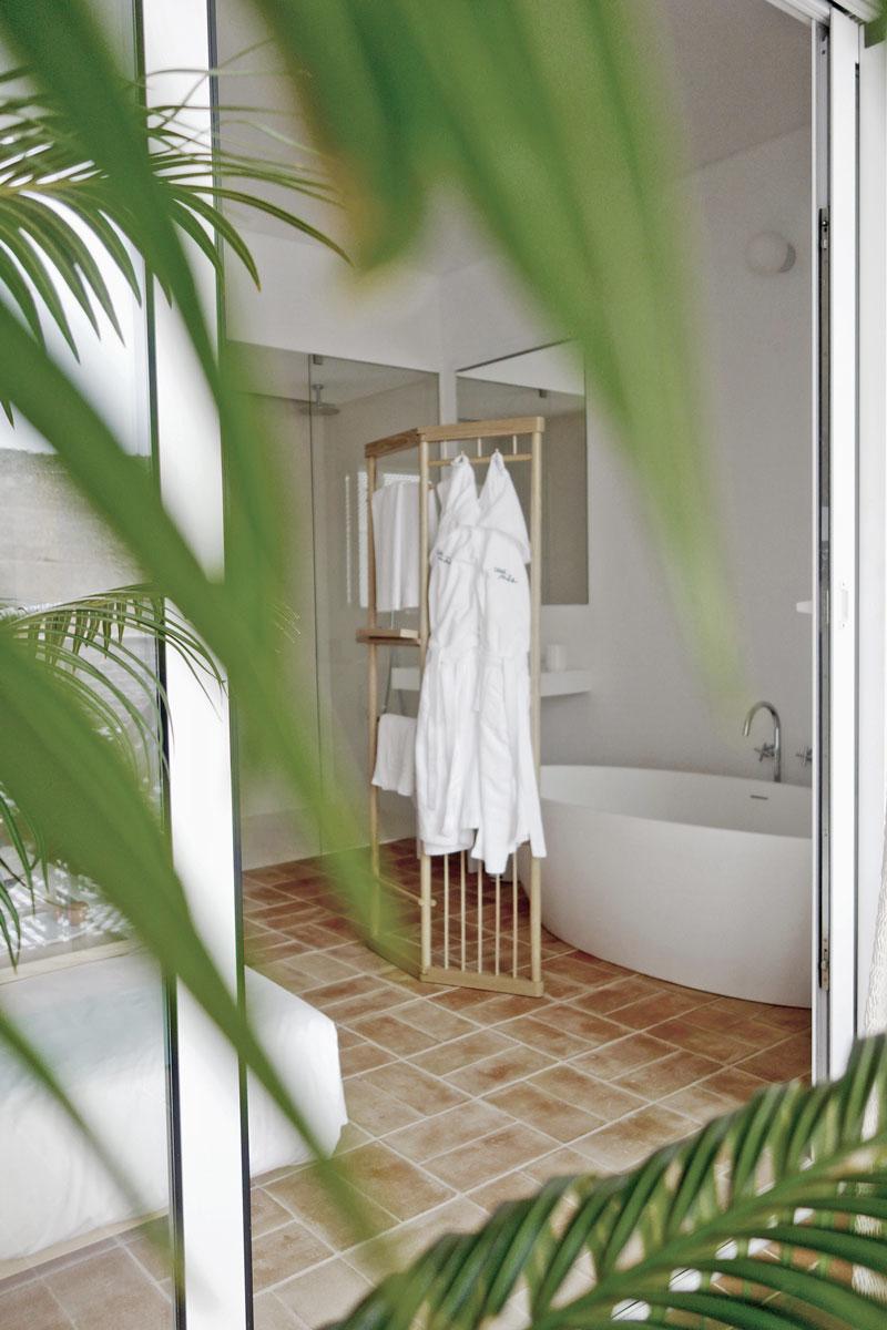 terrasse-badezimmer-casa-mae