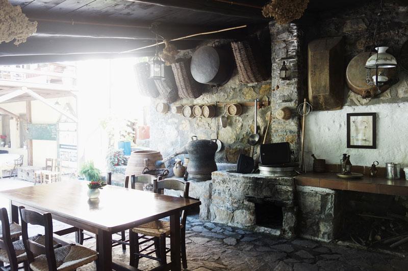 Kueche-Grill-Enagron-Village-Kreta