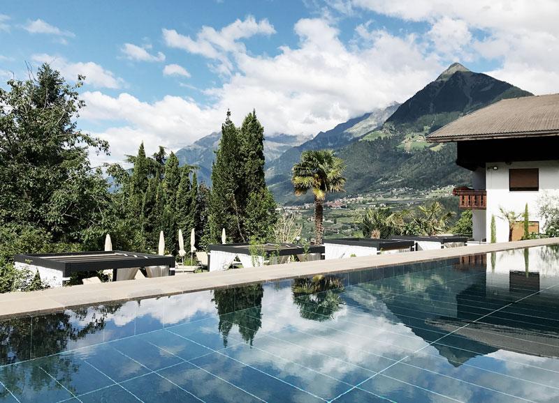 Pool-Hotel-Hohenwart-Berge