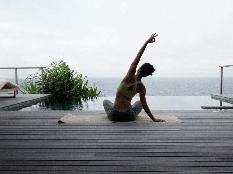 Yoga-Jeanette-Seychellen