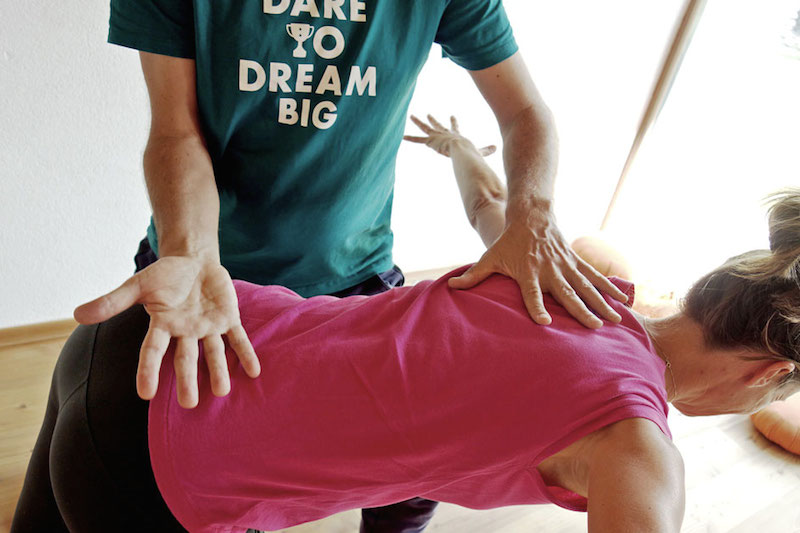 Detail-Yoga-Remo-Rittiner