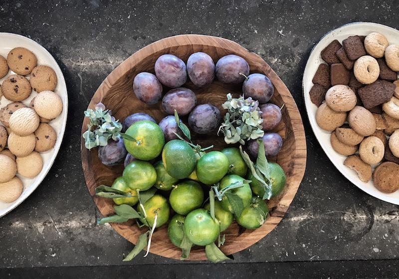 Obst Holzteller Mandali Retreat