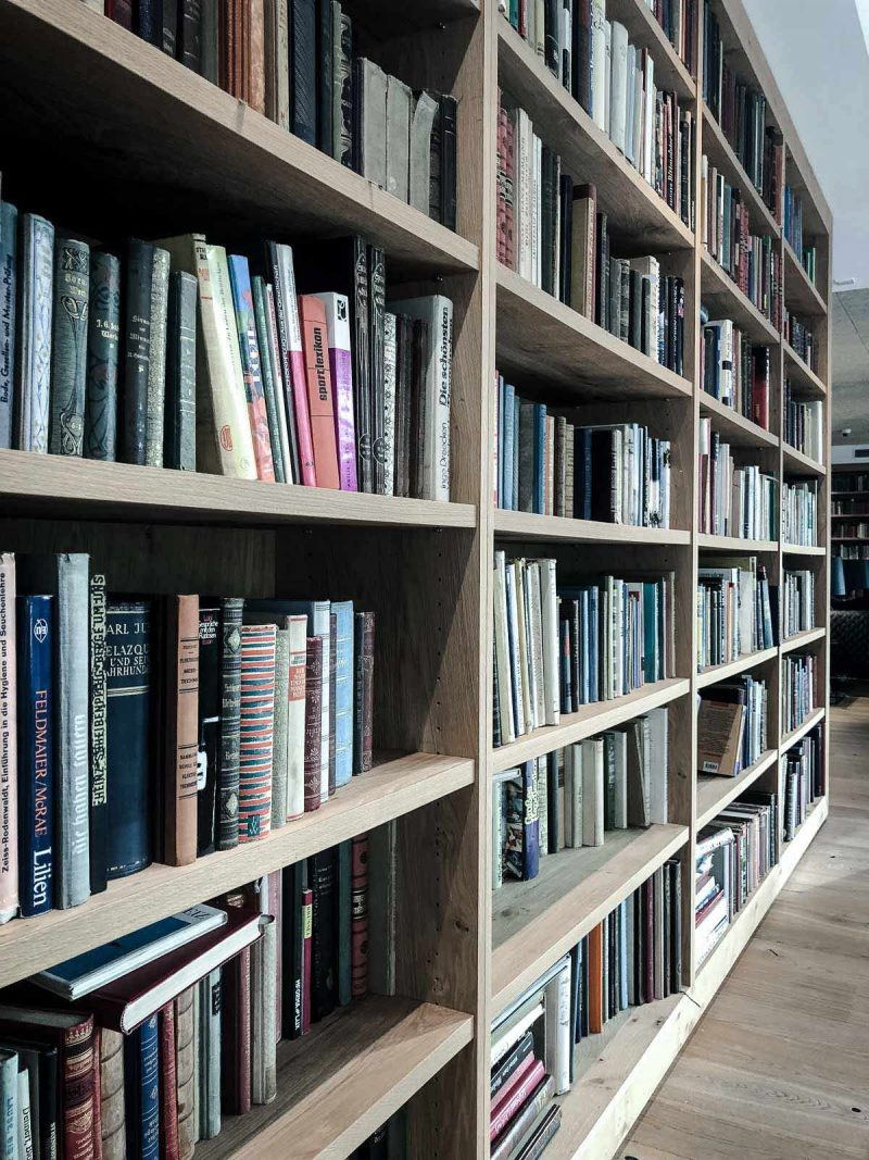 Bibliothek im Puradies Leogang